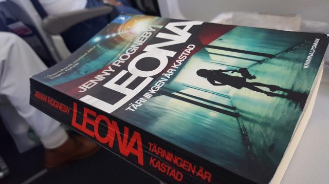 Leona, tärningen är kastad, av Jenny Rogneby